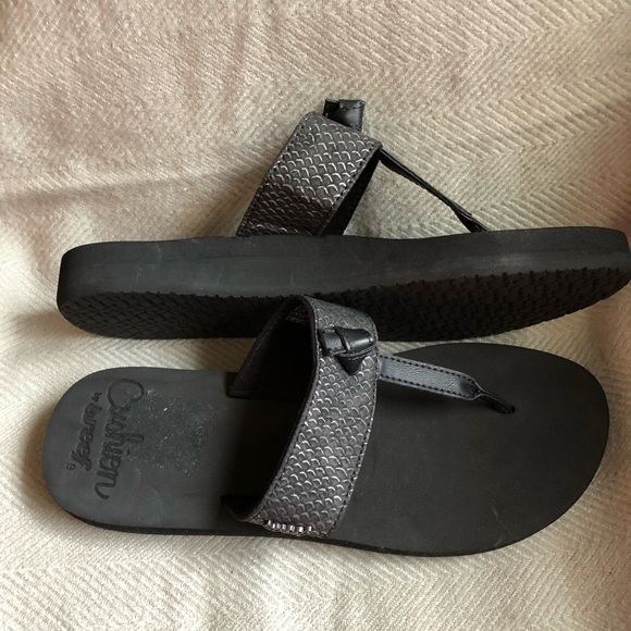 d7070a0c2462 Reef Shoes - Reef Cushion T-Strap Sandals